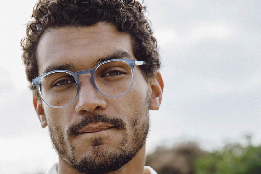 Modèle de lunettes dickmoby